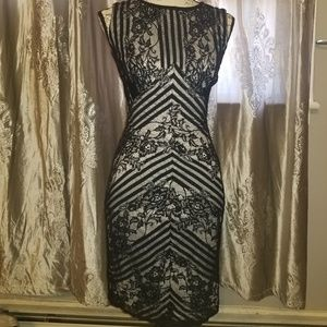 Beauiful clack and white lace  cocktail dress